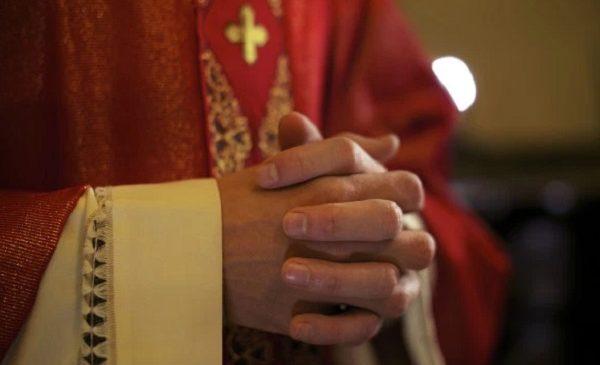 Jedinstvo poslanja (Službenici Crkve i oltara)