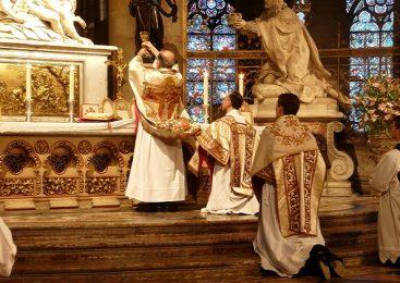 Euharistijsko slavlje prema Misalu iz 1962. i Misalu iz 2002. (4. dio)