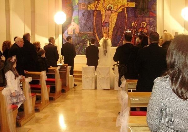 Slavlje vjenčanja pod misom