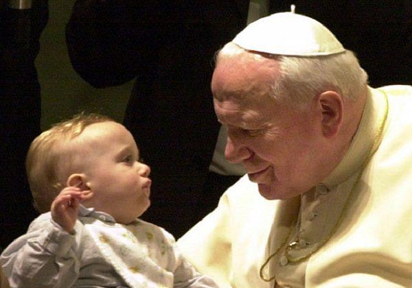 Ivan Pavao II. i dijete