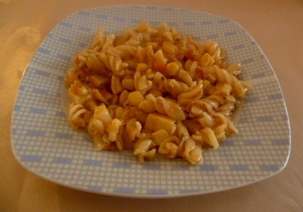 Tjestenina u umaku od povrća i sira