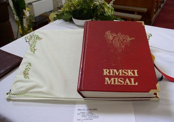 Još o jeziku naših liturgijskih knjiga (Zar nam za to ne bi trebao poseban odbor?)