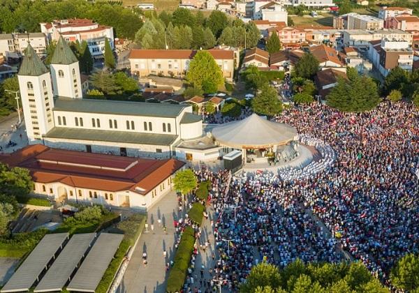 """Cosa significa veramente la dichiarazione della Santa Sede secondo cui """"I pellegrinaggi a Medjugorje sono autorizzati""""?"""