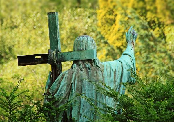 Praznovjerno kršćanstvo ili praznovjerni svijet?