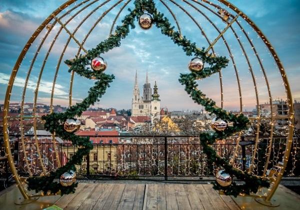 Rođenje Kristovo između instrumentalnog i sakralnog kršćanstva