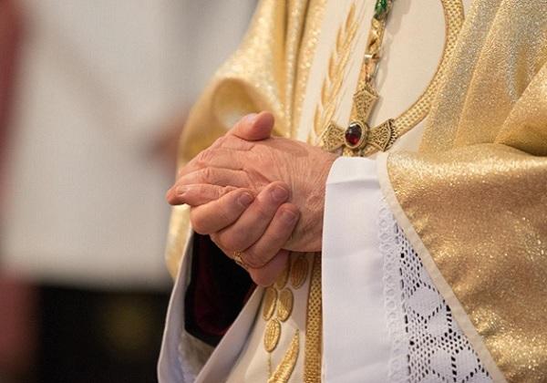Svećenikovo dostojanstvo u javnom otkrivanju njegova grijeha bludnosti